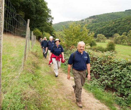 10 HJW-Spuren 9-2019 die Wanderschlange